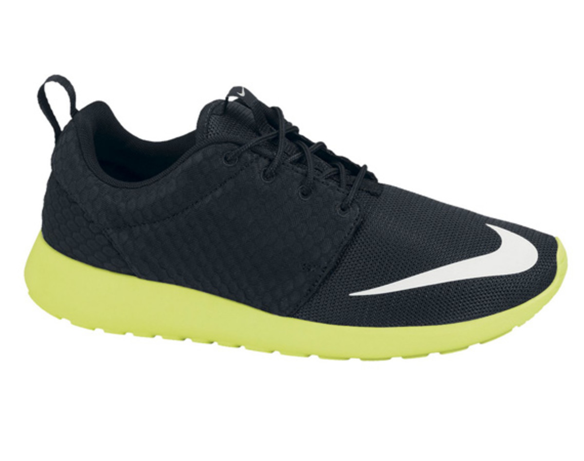 huge discount 24d4b 936e8 The Nike Roshe Run FB collection continues with the latest model coming in  a black upper with the extremely popular volt color making up the outsole.