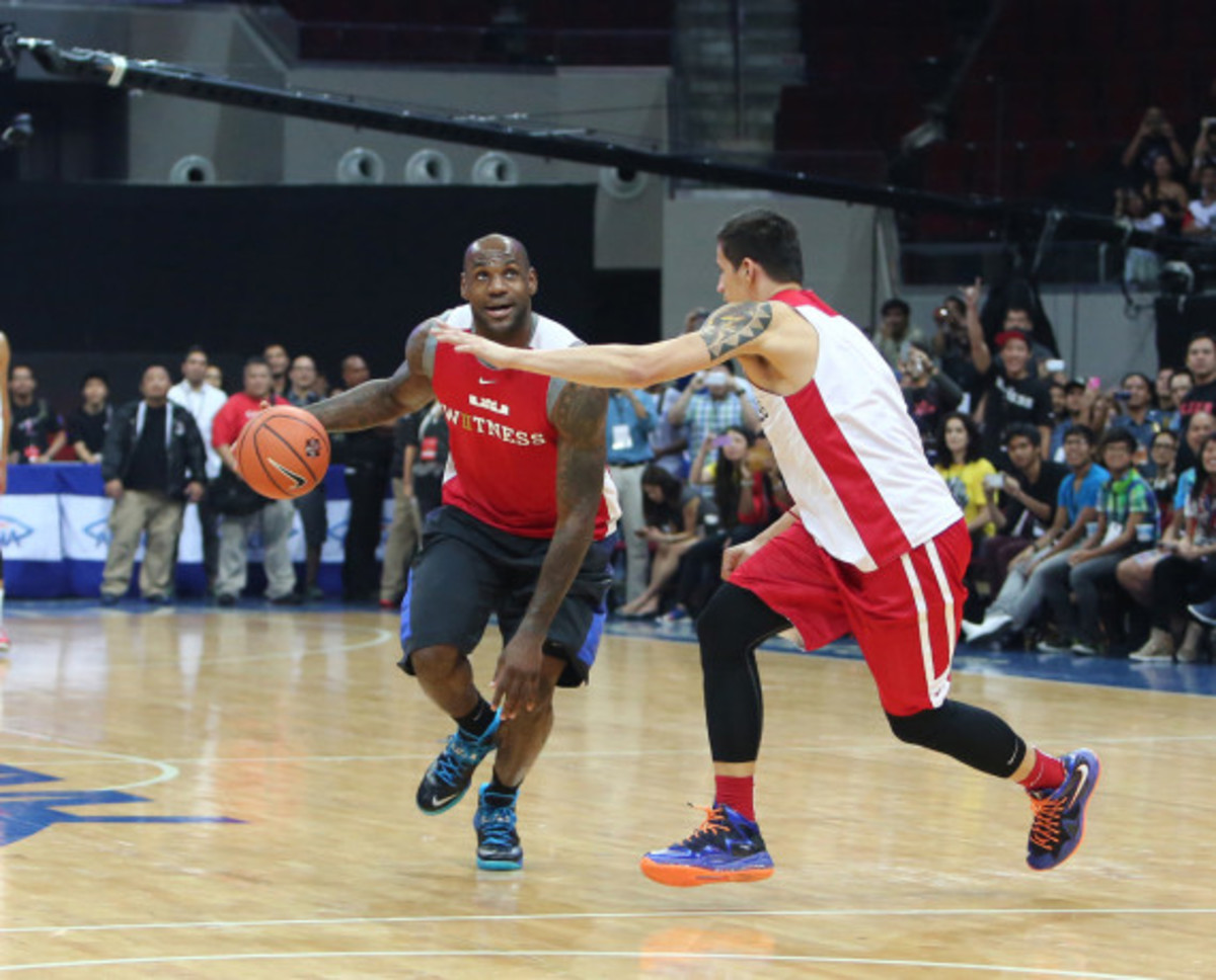 LeBron James Makes First Visit to Philippines for Nike Basketball Tour