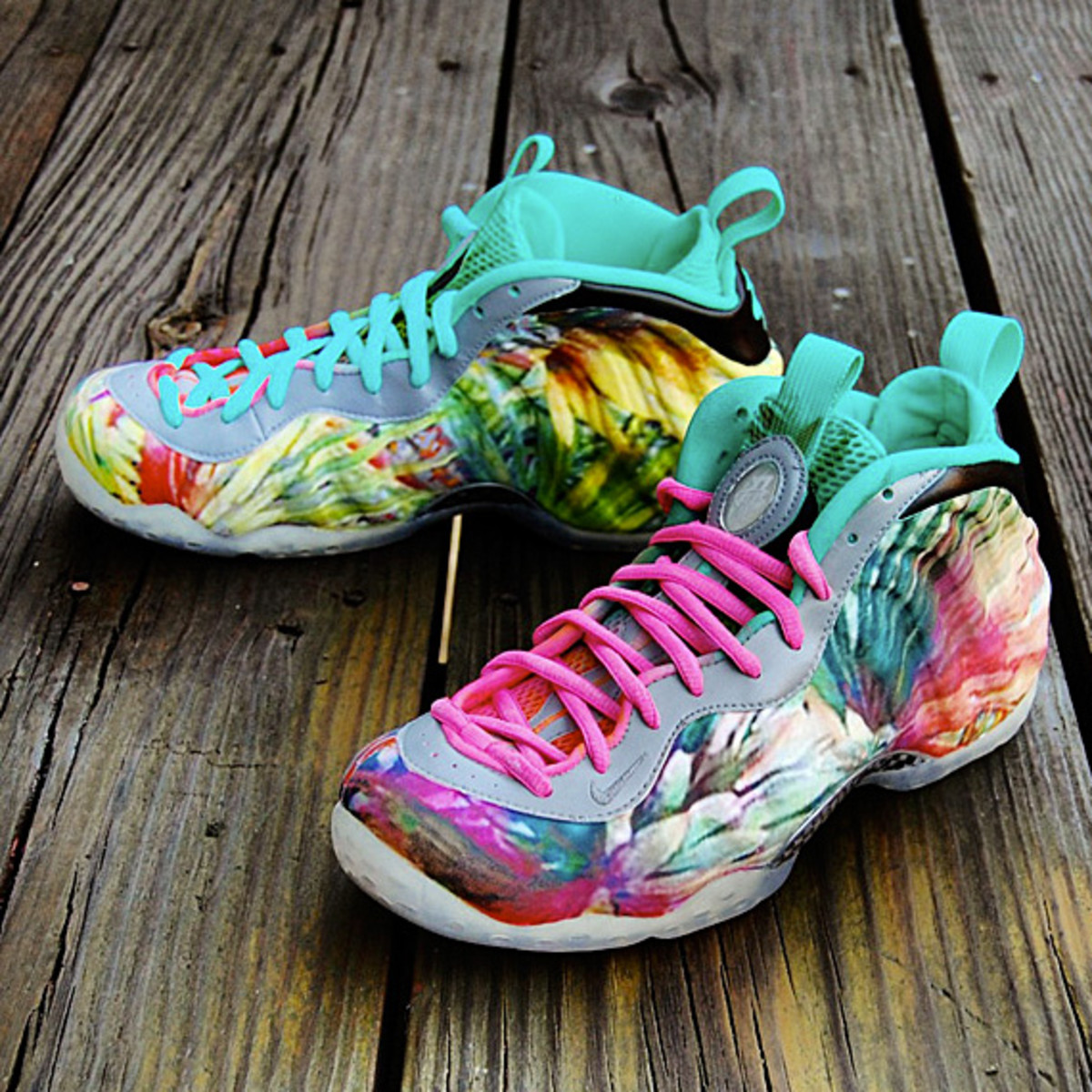online store 20edf 3ce4e This new customized Nike Air Foamposite One might just dethrone Jeremy  Scott s creations in the category of ostentatiousness.