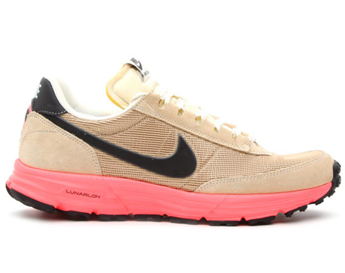 The Nike Trail Low claws its way out of the Nike Archives with the help of  the Swoosh s Lunarlon technology e870a67df