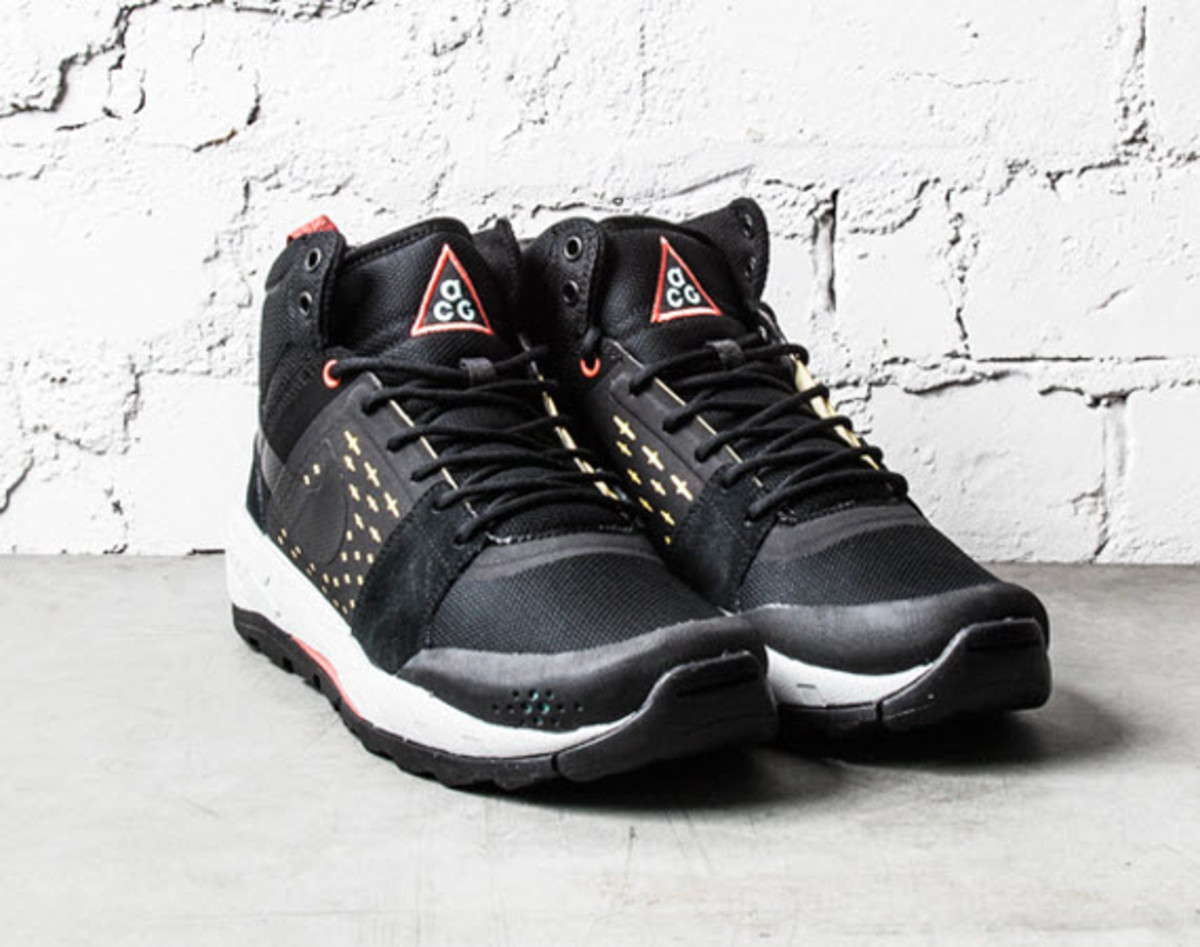 69680709b643 This winter the latest take on the rugged Nike All Conditions Gear (ACG) Air  Alder Mid gets not only a makeover