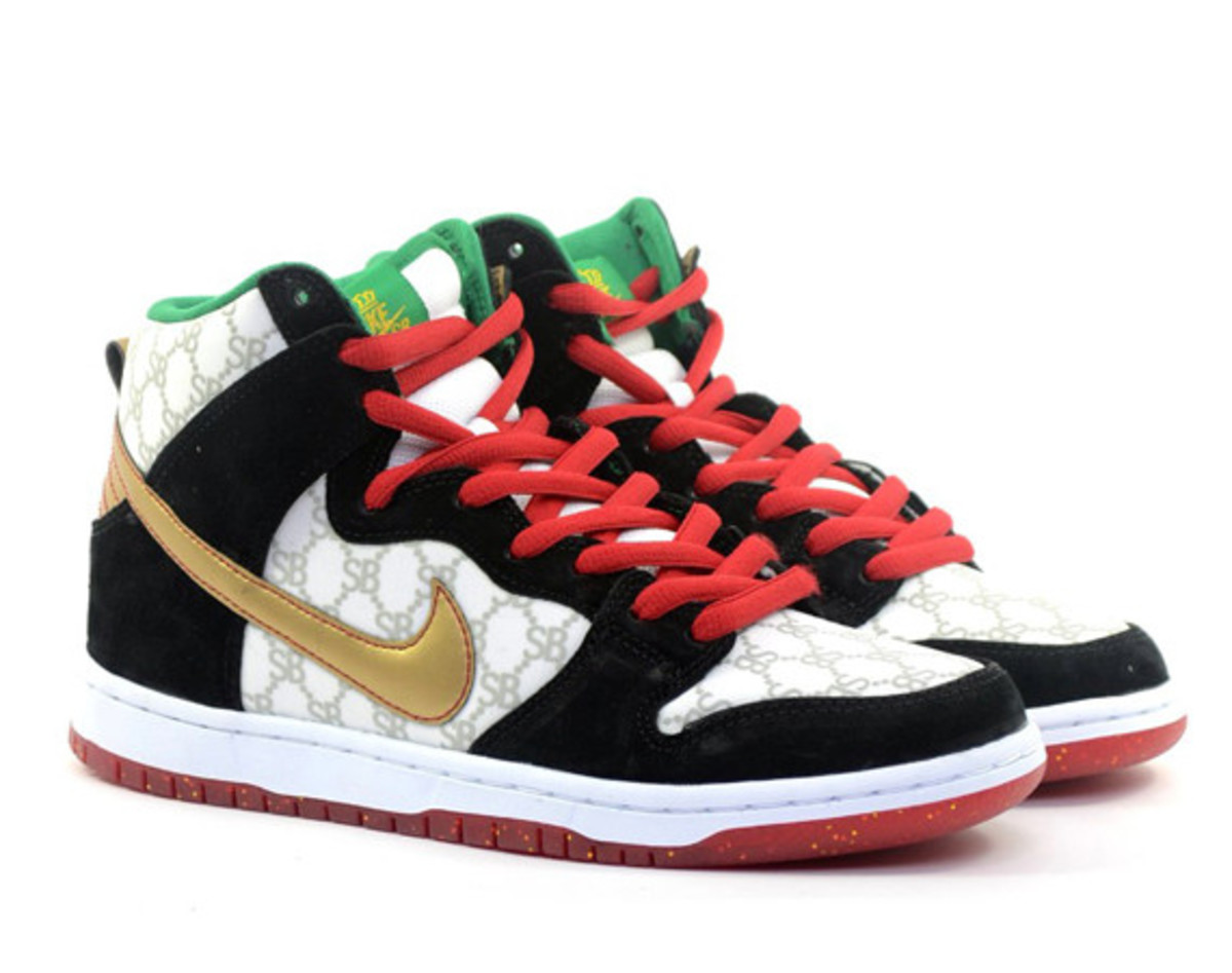 black sheep nike sb dunk high gucci 01
