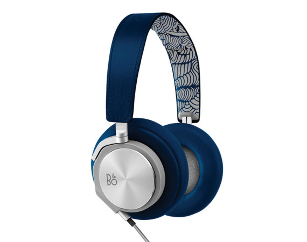 Bang & Olufsen BeoPLAY x Pepsi Street Art Headphones Collection