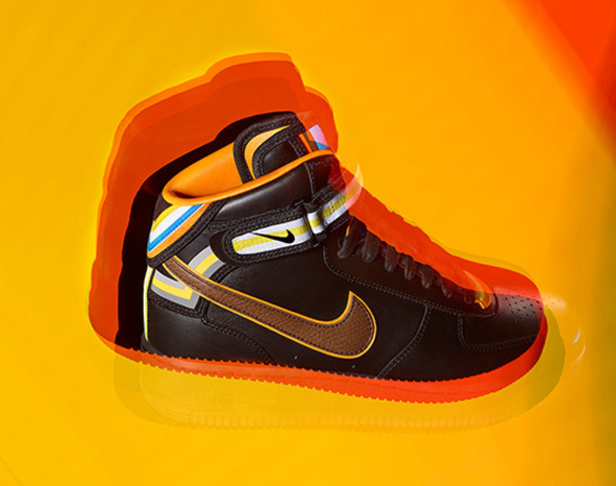 riccardo-tisci-nike-air-force-1-black-collection-