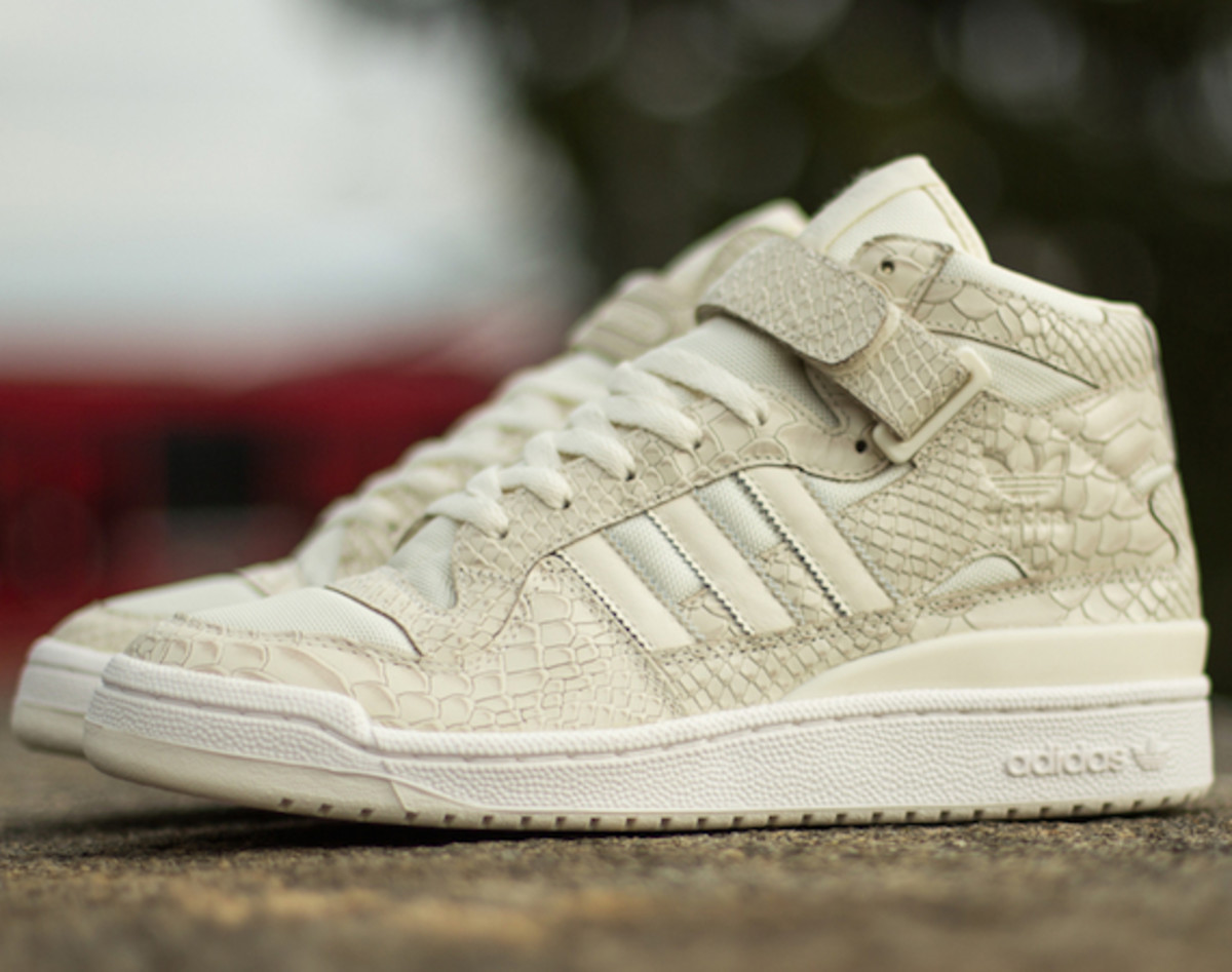 "plus récent ff6f1 ba247 adidas Originals Forum Mid RS ""Reptile Pack"" - Freshness Mag"