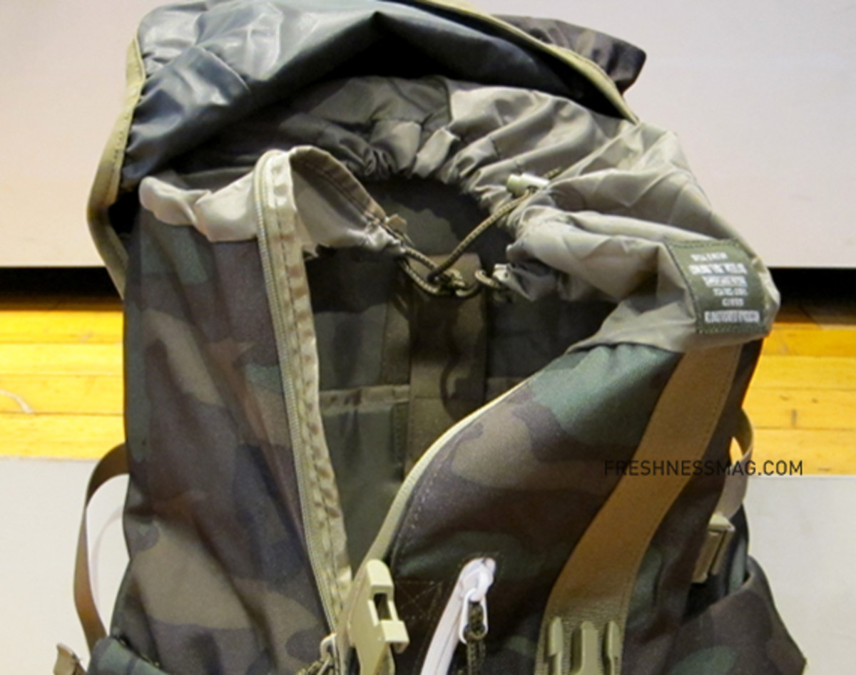 nike-acg-steel-city-35-backpack-camo-04