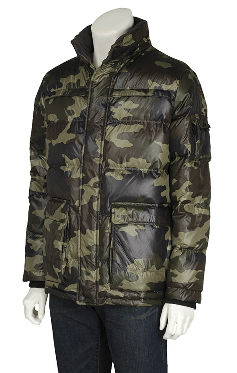 uniqlo-camoflauge-down-jacket-05