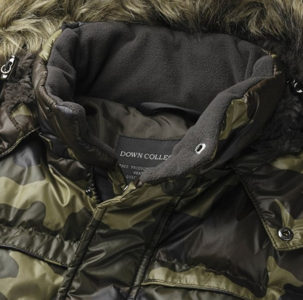 uniqlo-camoflauge-down-jacket-01