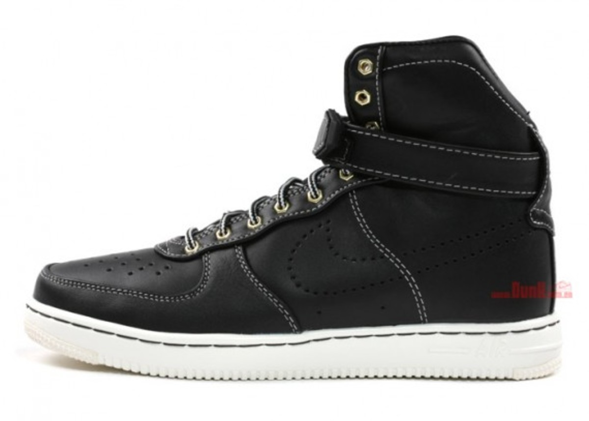 Nike Air Feather Workboot 1