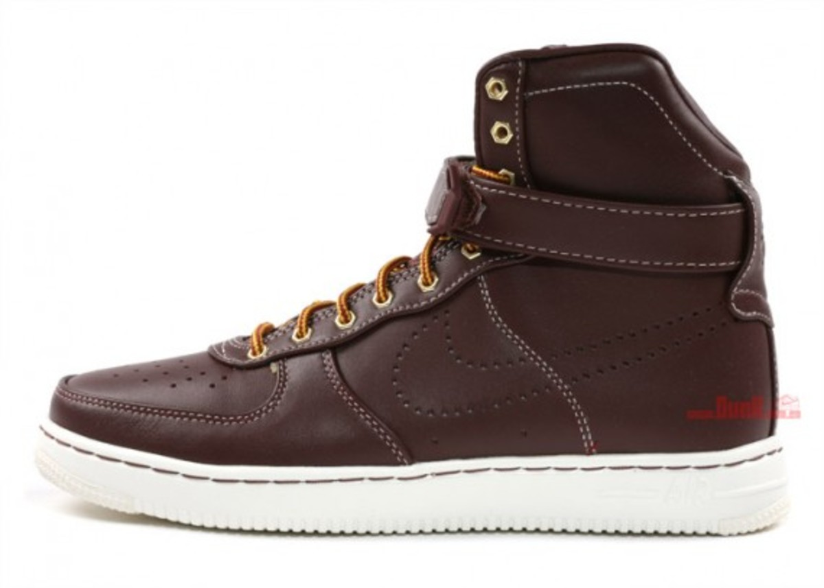 Nike Air Feather Workboot 3