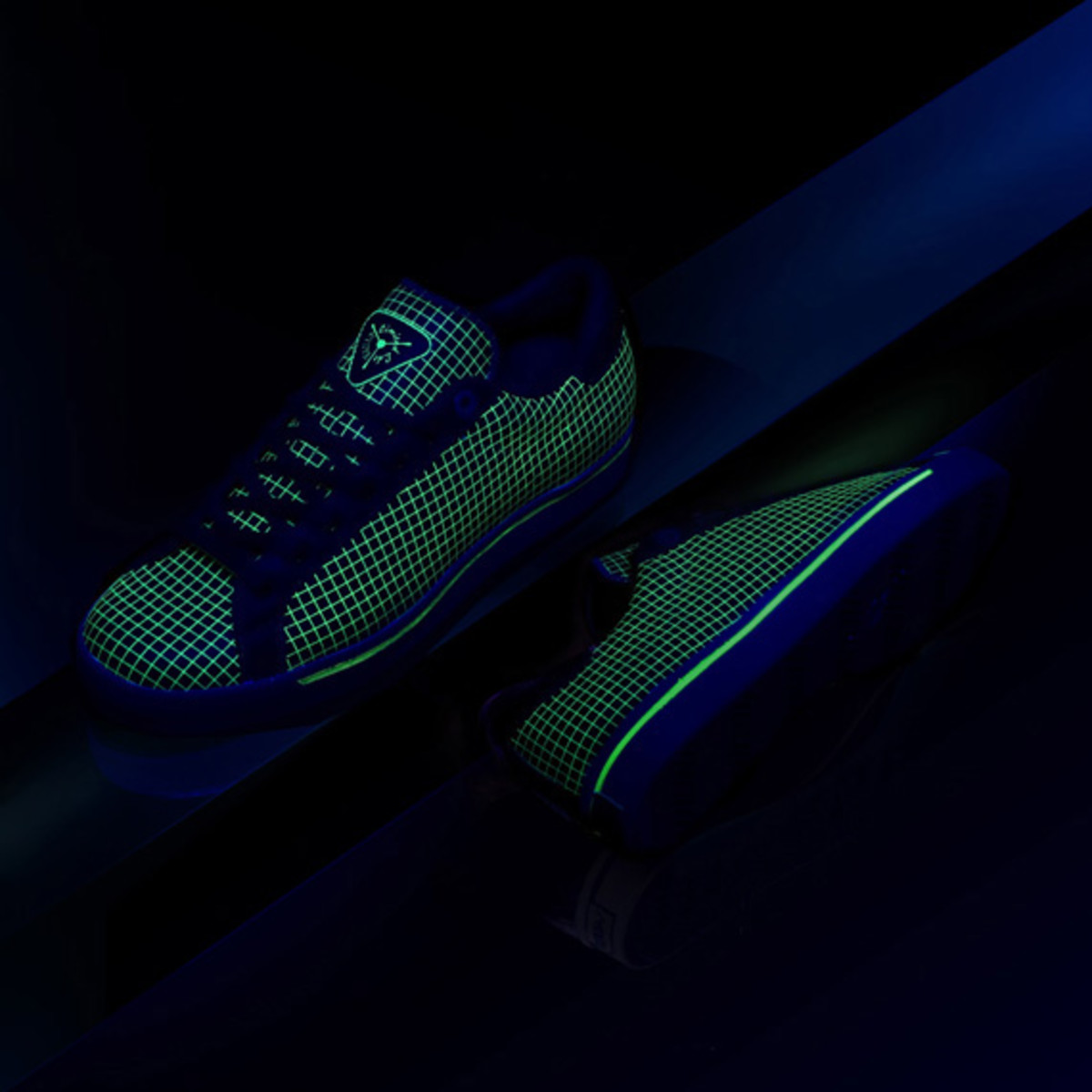 limited-edt-x-adidas-originals-consortium-rod-laver-02