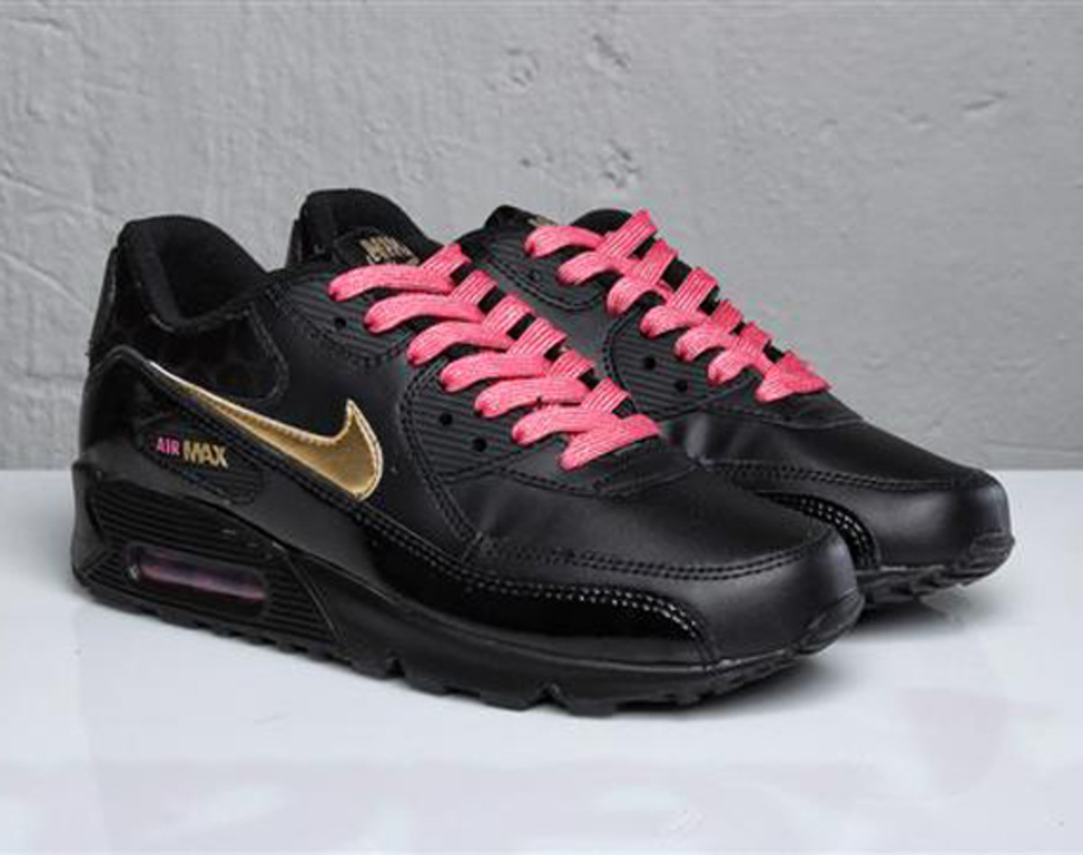 new style f6bea 22b6f ... nike air trainer max 201991 qs nfl for sale ... if you make enough  versions of the air max some of them are . ...