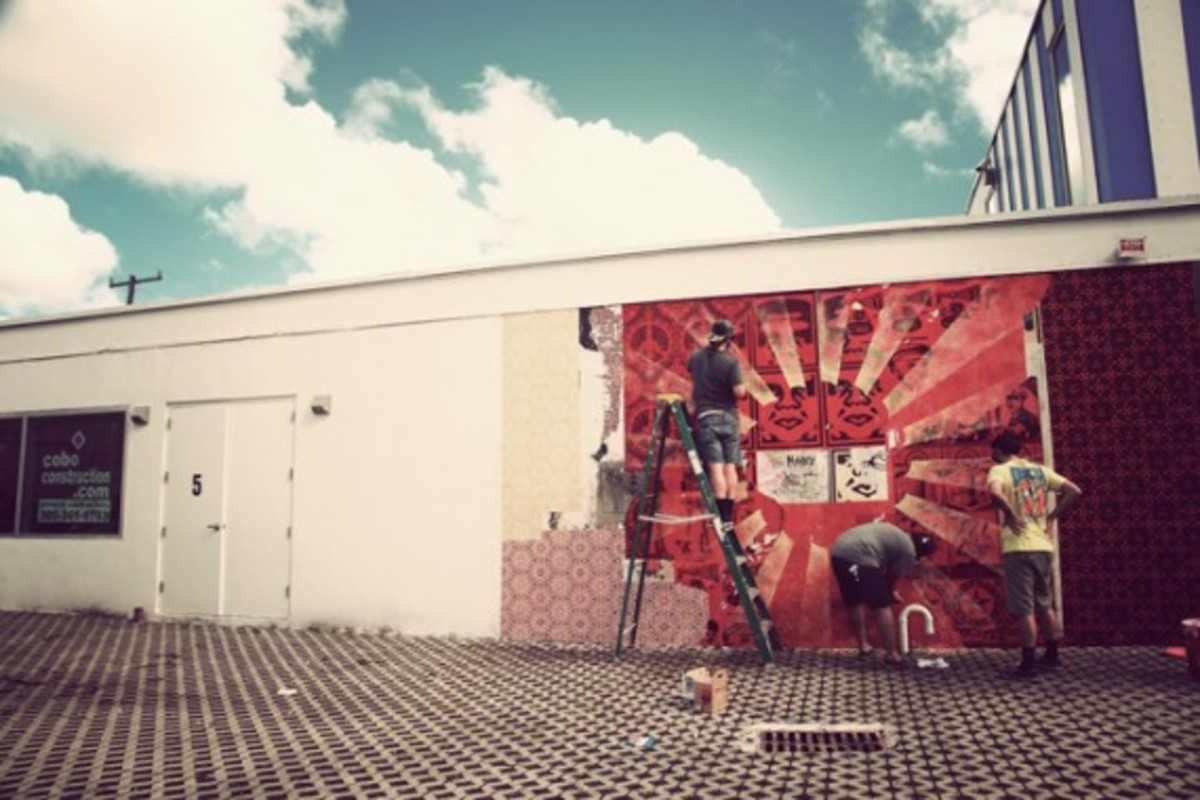 art-basel-miami-beach-shepard-fairey-mural-03
