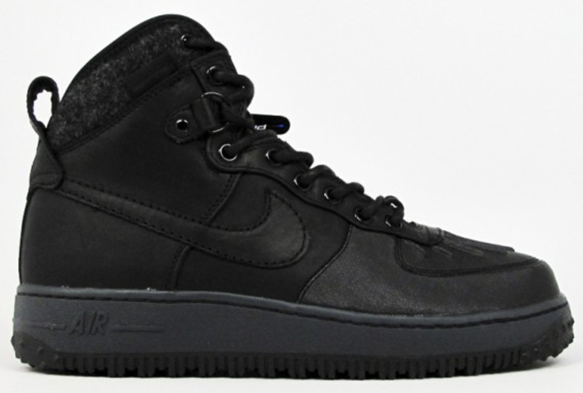 nike-sportswear-air-force-1-duckboots-01