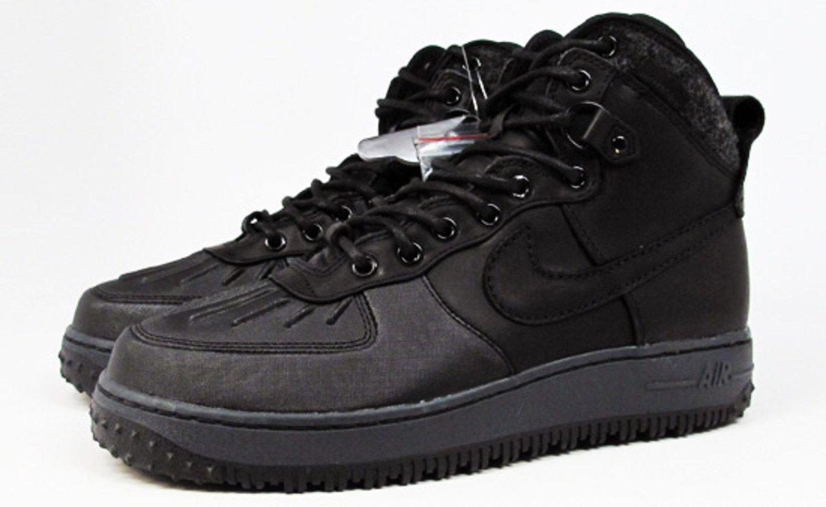nike-sportswear-air-force-1-duckboots-02