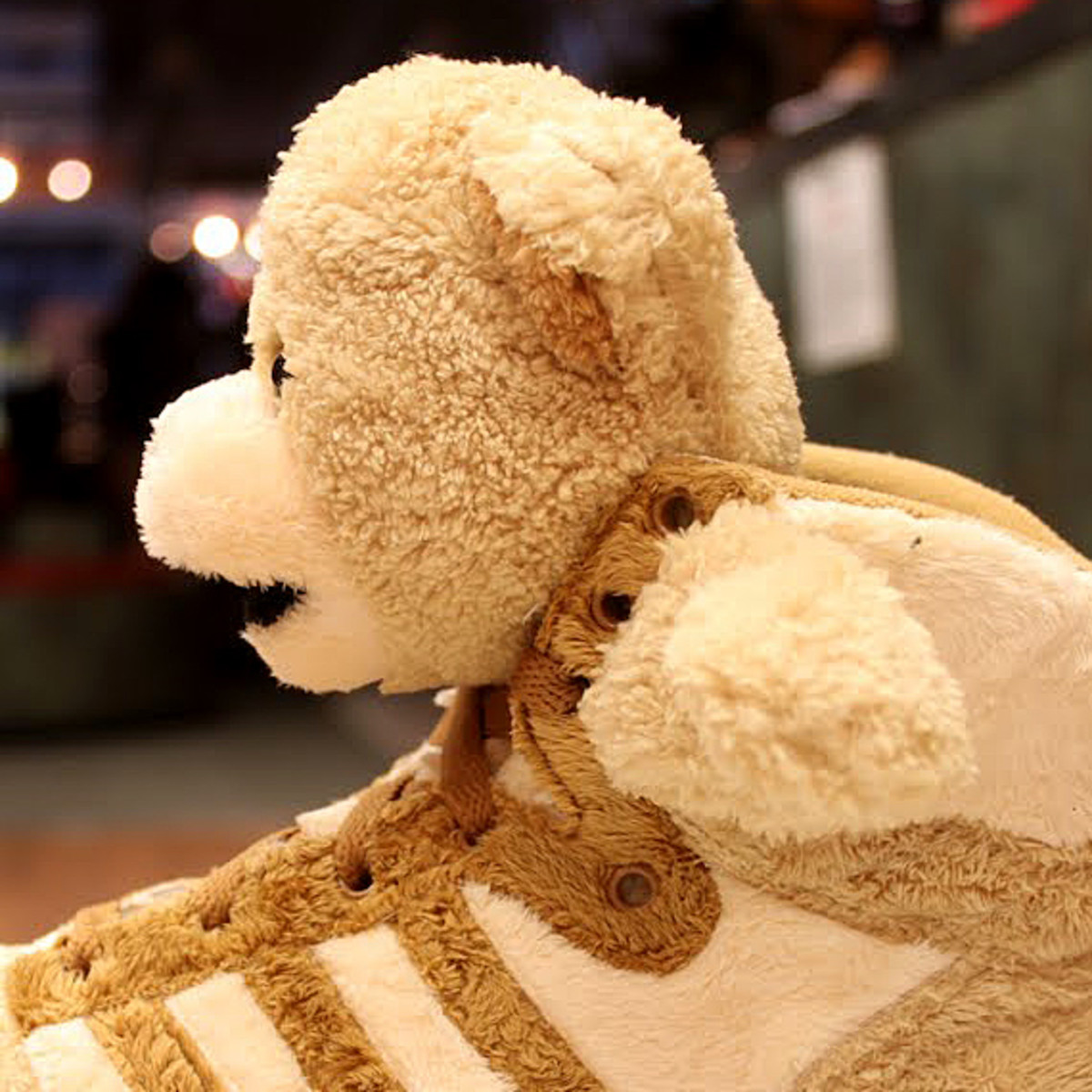 adidas-originals-jeremy-scott-teddy-bear-03a