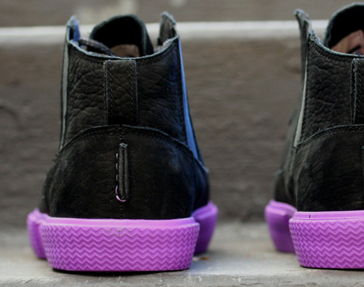 jordan-v2-grown-black-bright-violet-spark-06
