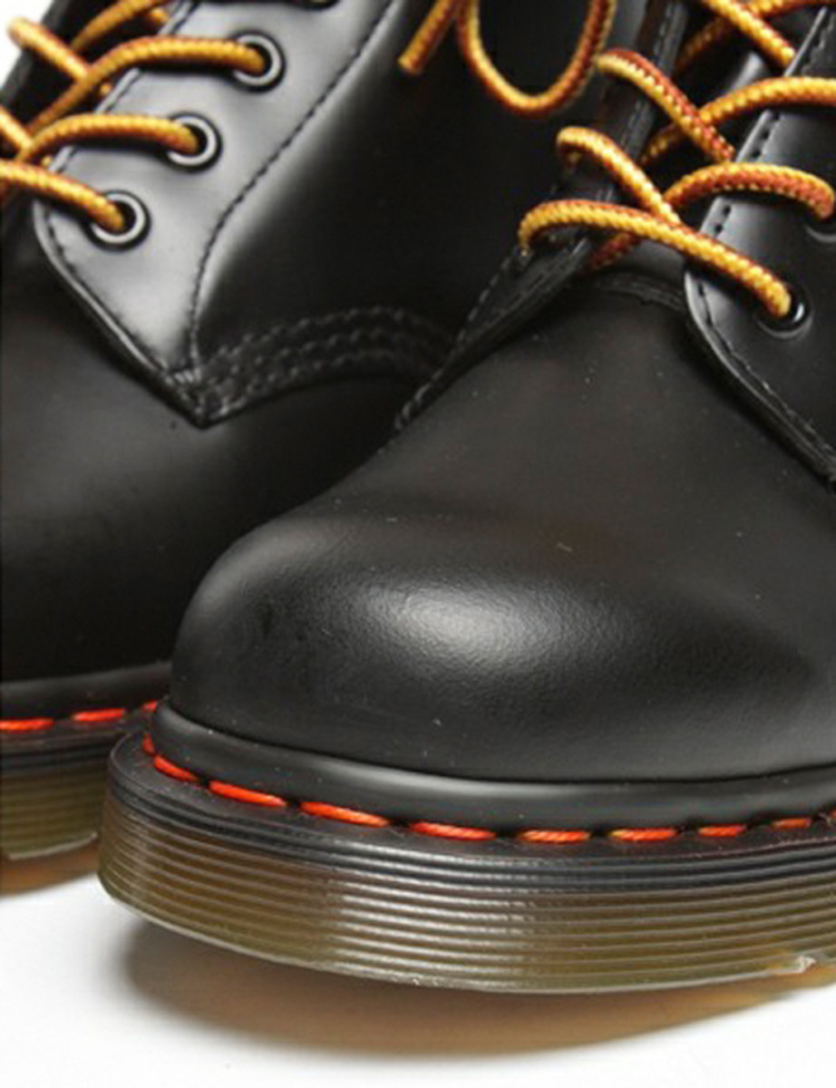 atmos-dr-martens-8-eyelets-boots-08