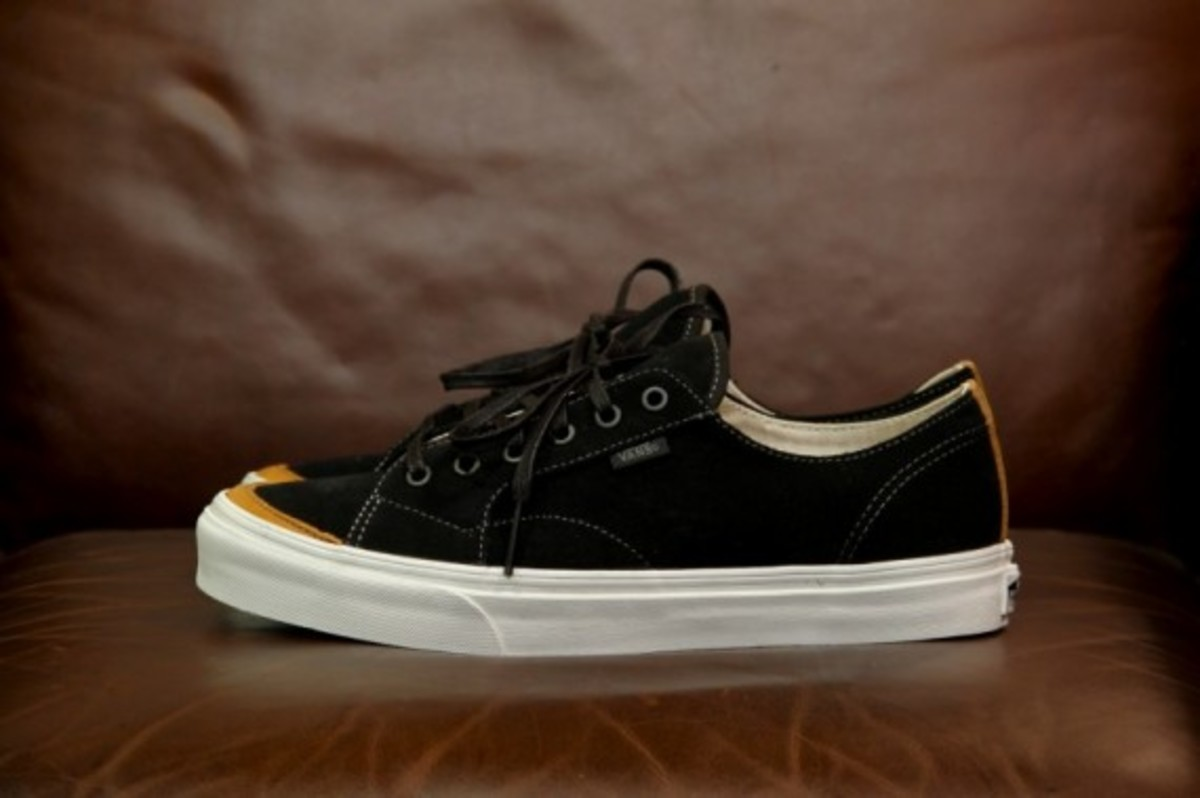 Vans California 31 CA Black Grey Suede