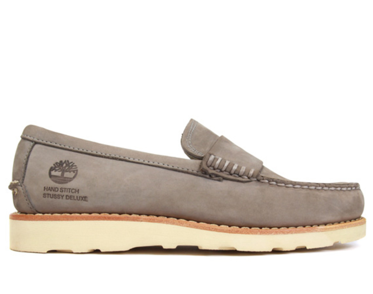 stussy-deluxe-timberland-loafers-01