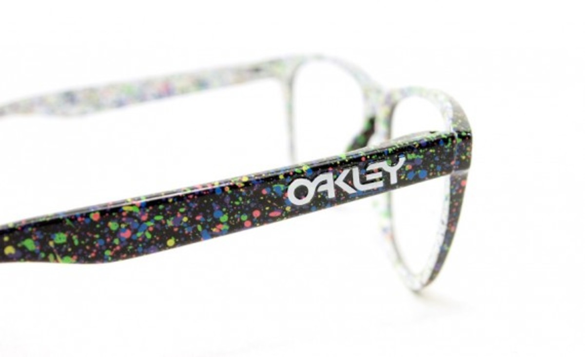 Oakley x atmos Splatter Jawbone and Frogskins 6