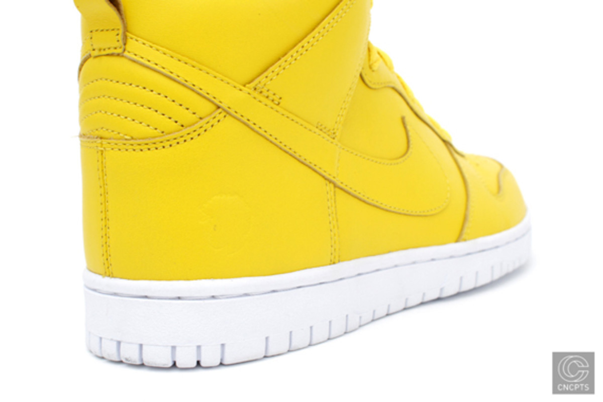 questlove-nike-dunk-pack-release-info-07