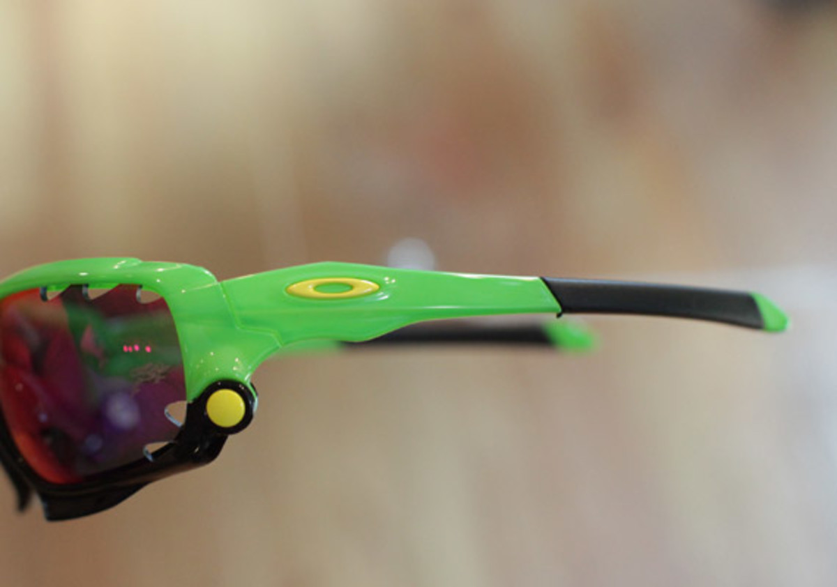 oakley-juptier-frog-collection-05