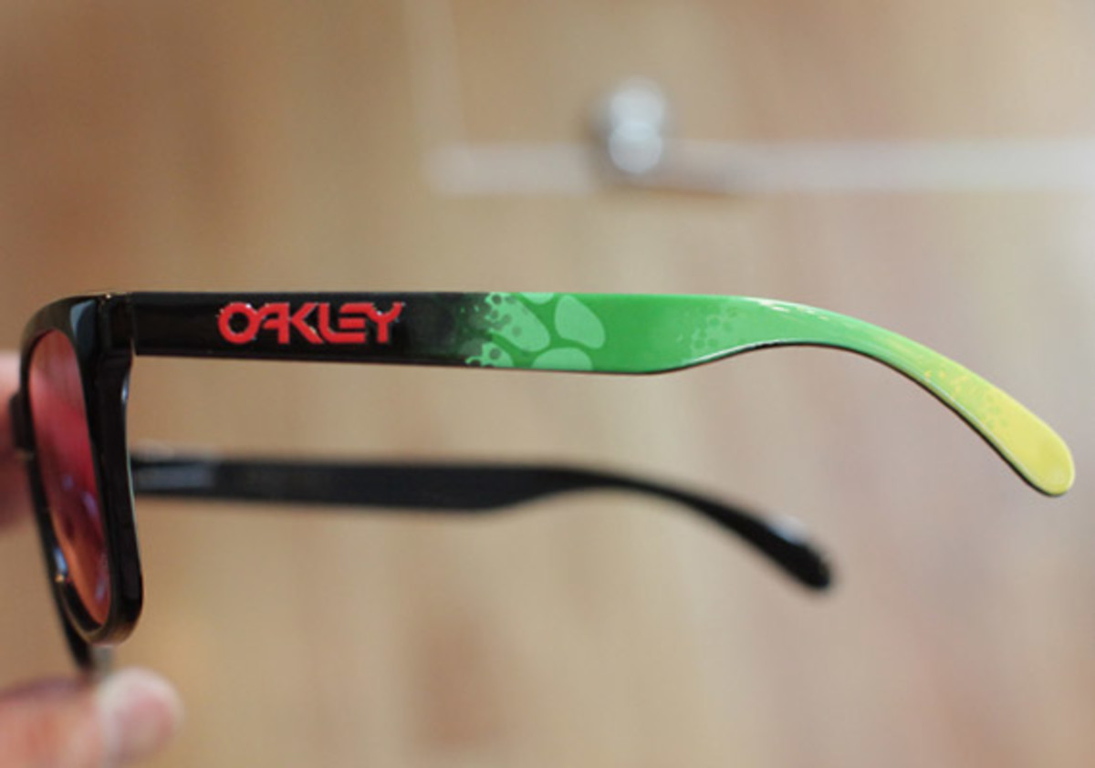 oakley-juptier-frog-collection-06