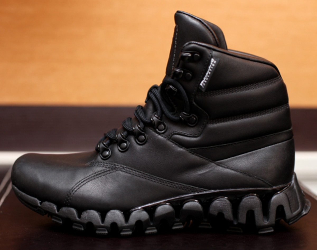 reebok classics cliffhanger boots with zigtech preview