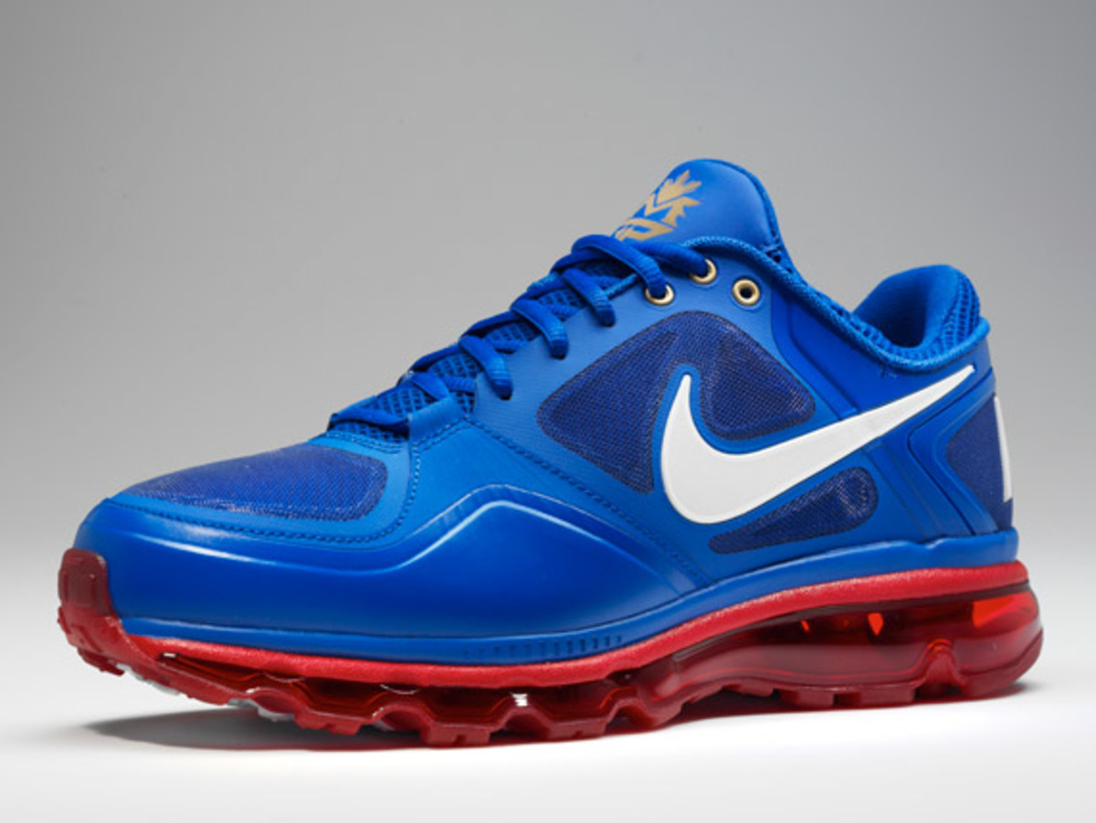 Pacquiao-air-trainer-1-3-max-02