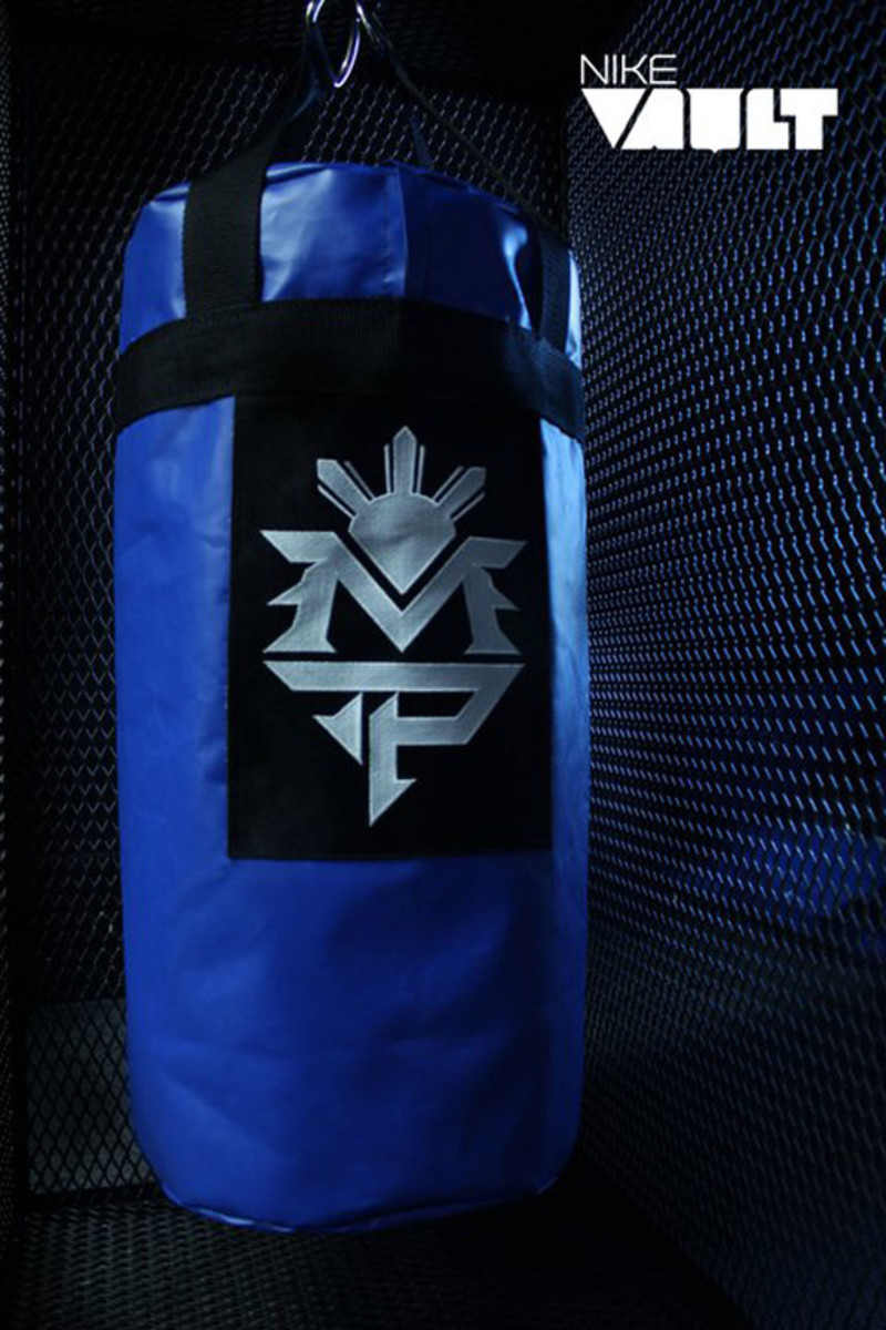 Nike-Vault-Manny-Pacquiao-Heavy-Bag-Collector-02