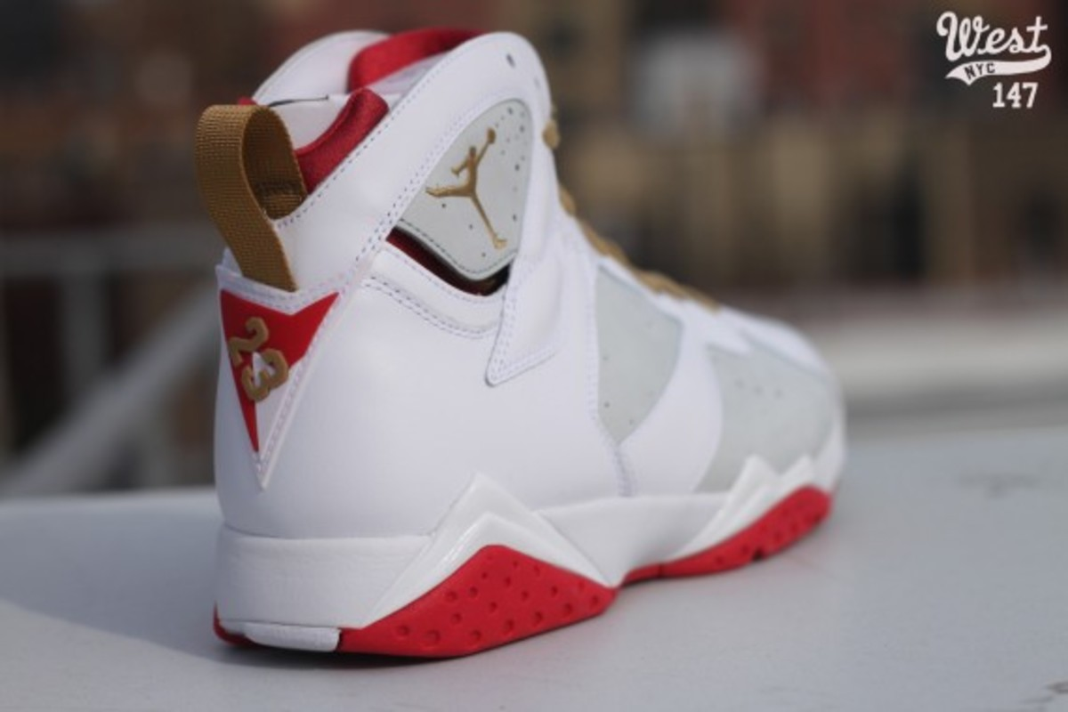 air-jordan-vii-7-year-of-the-rabbit-west-nyc-08