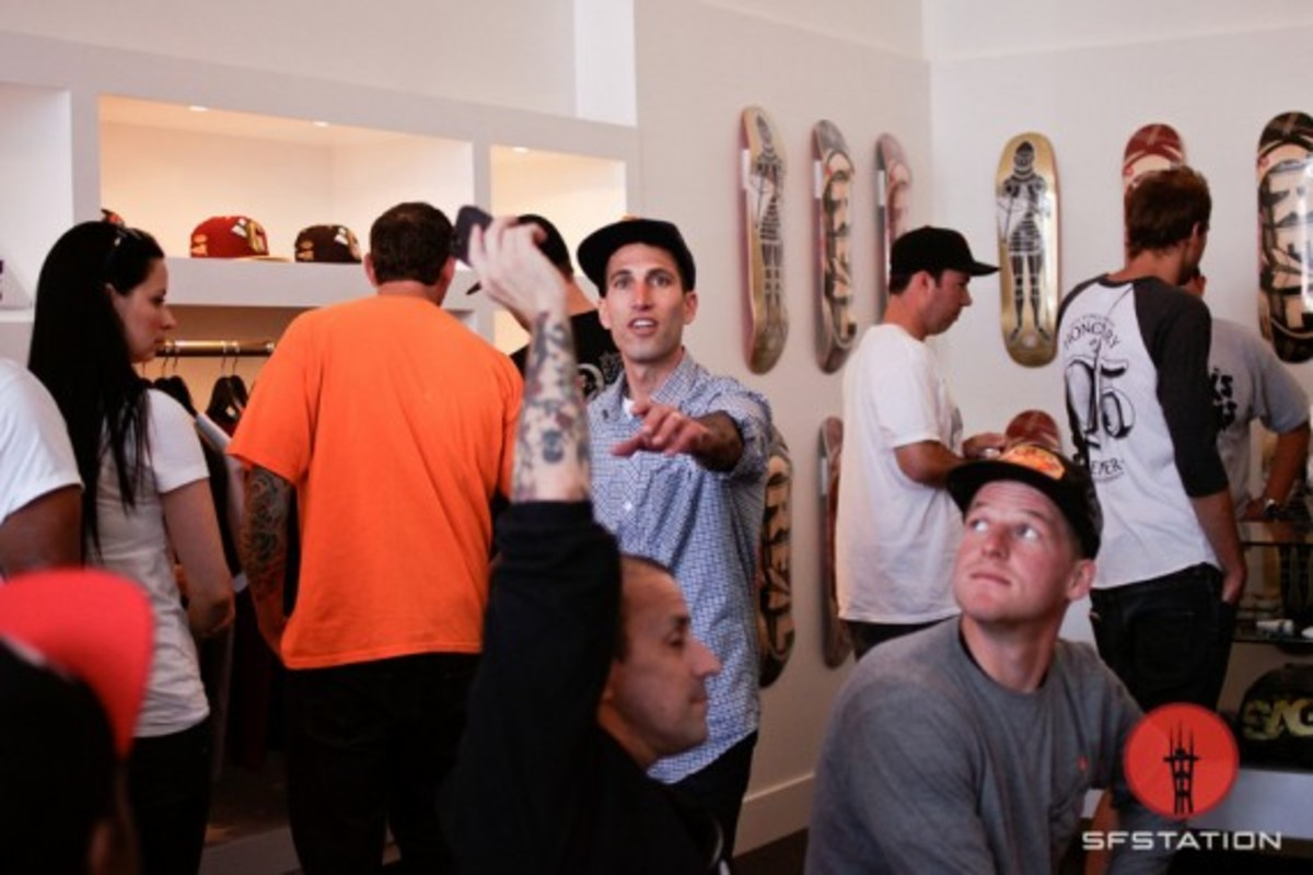benny-gold-new-store-opening-event-11