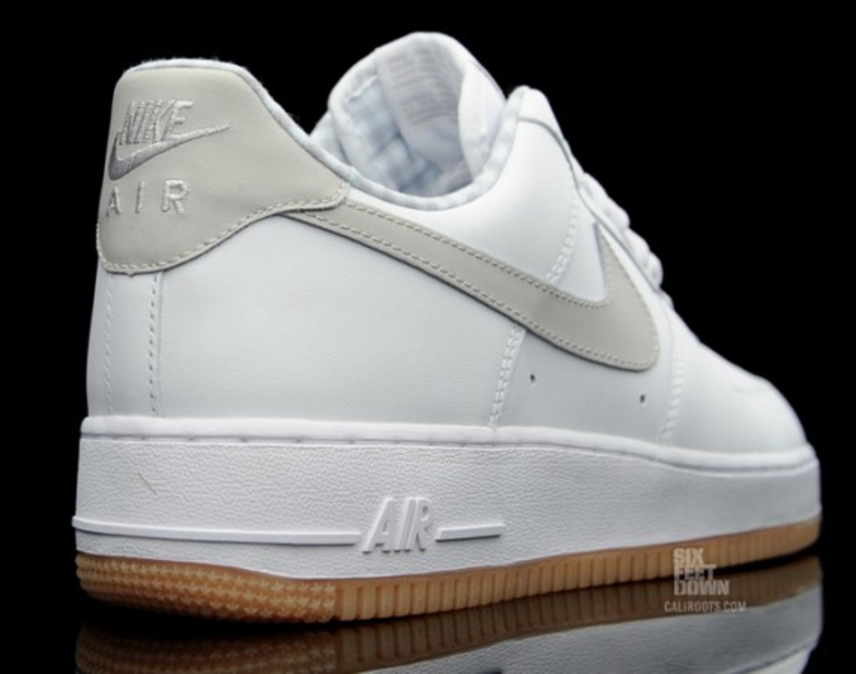 nike-air-force-1-gingham-gum-rubber-04