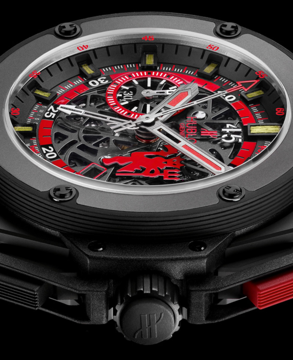 manchester-united-hublot-king-power-red-devil-watch-05