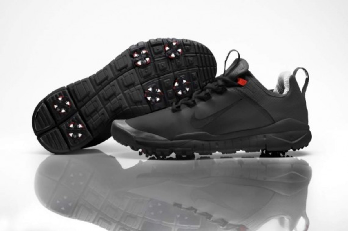 Tiger Woods Debut New Nike Prototype Golf Shoe For His Comeback ... 0ce7b77c2