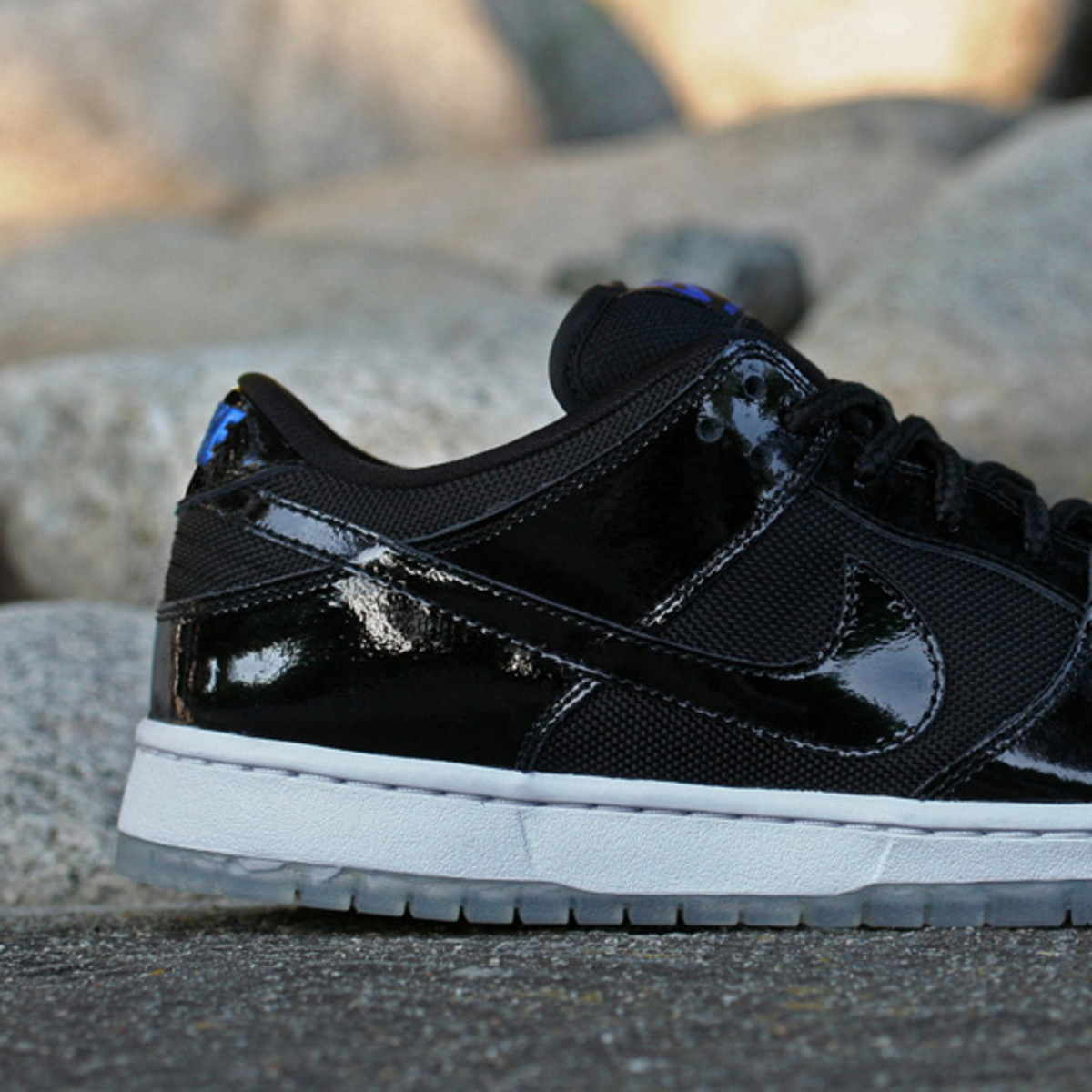 nike-sb-dunk-low-pro-space-jam-03 9acc8b31c7f9