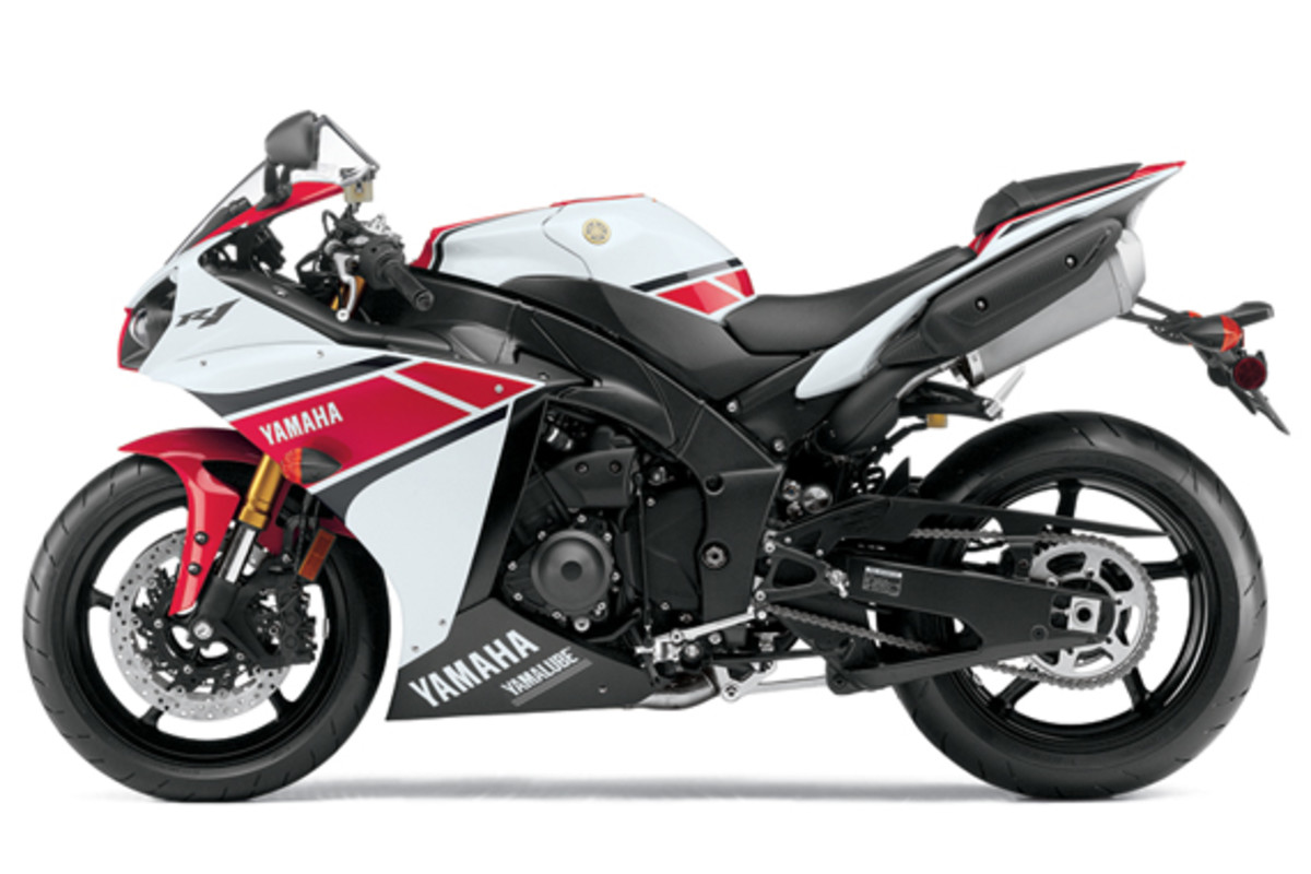 yamaha-YZF-R1-World-GP-50th-Anniversary-07