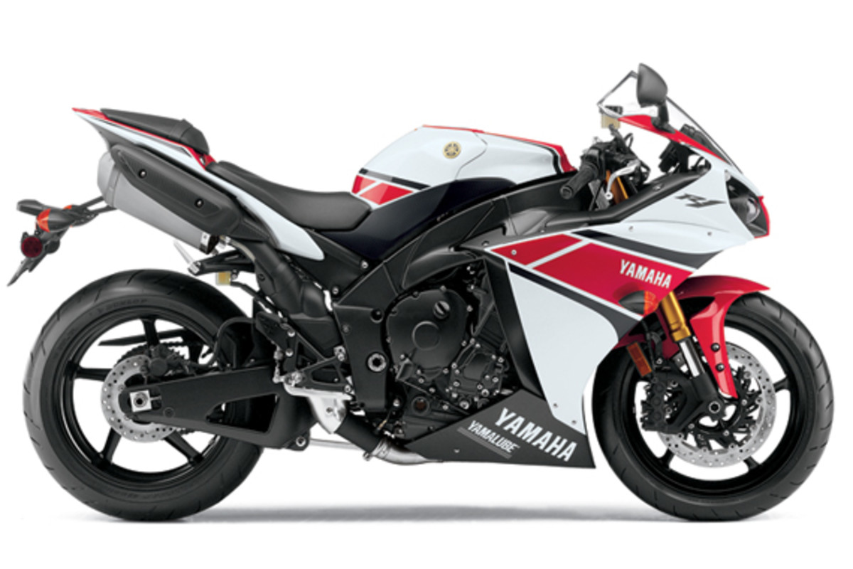 yamaha-YZF-R1-World-GP-50th-Anniversary-02
