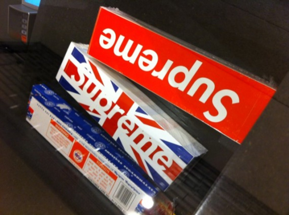 supreme-london-union-jack-box-logo-01