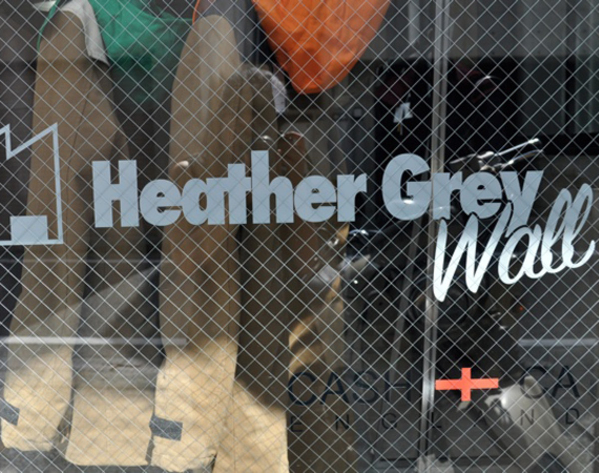 heather-grey-wall-00