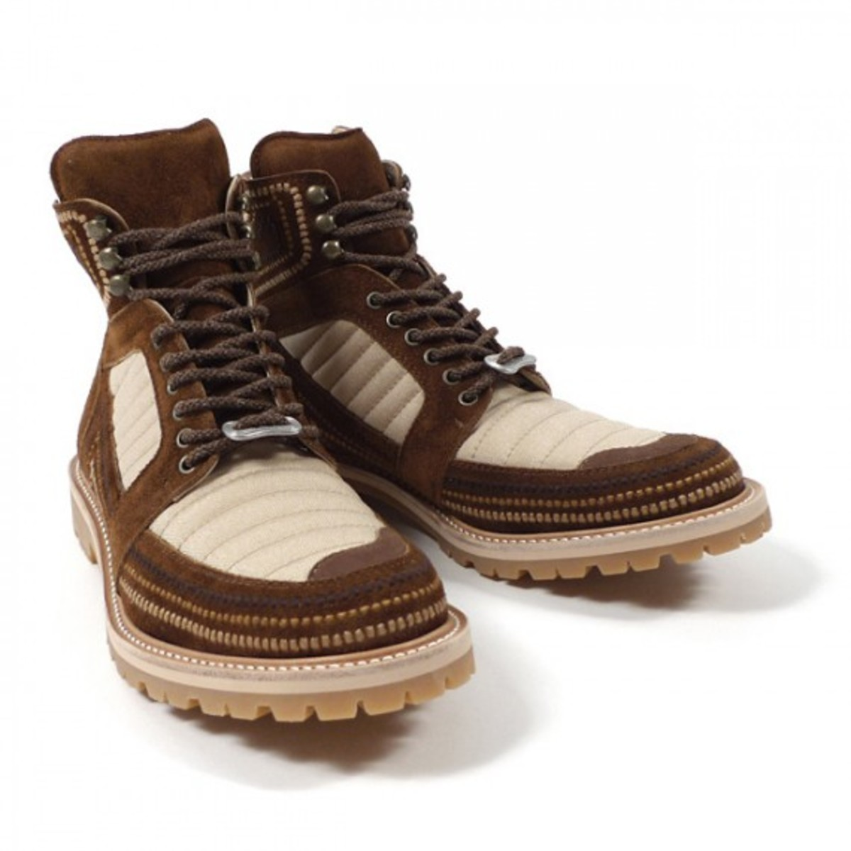 embroidered-mountain-boots-02