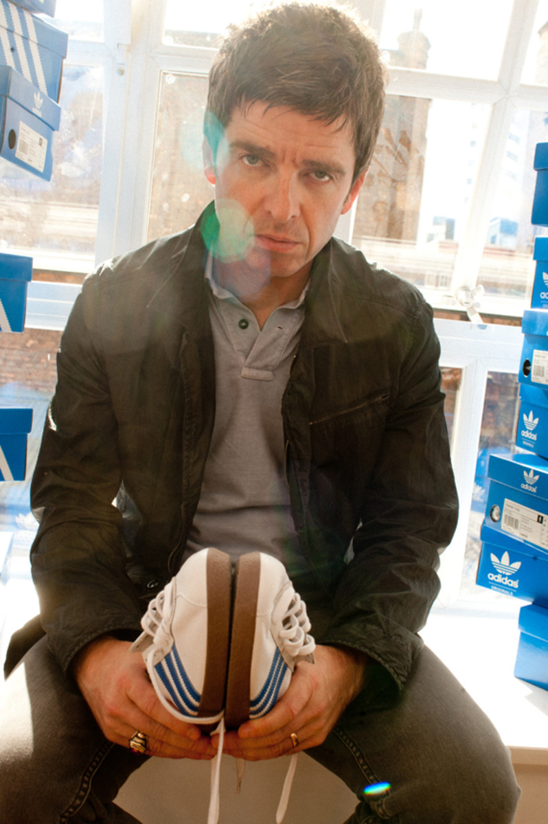 noel-gallagher-adidas-originals-training-72-NG-07