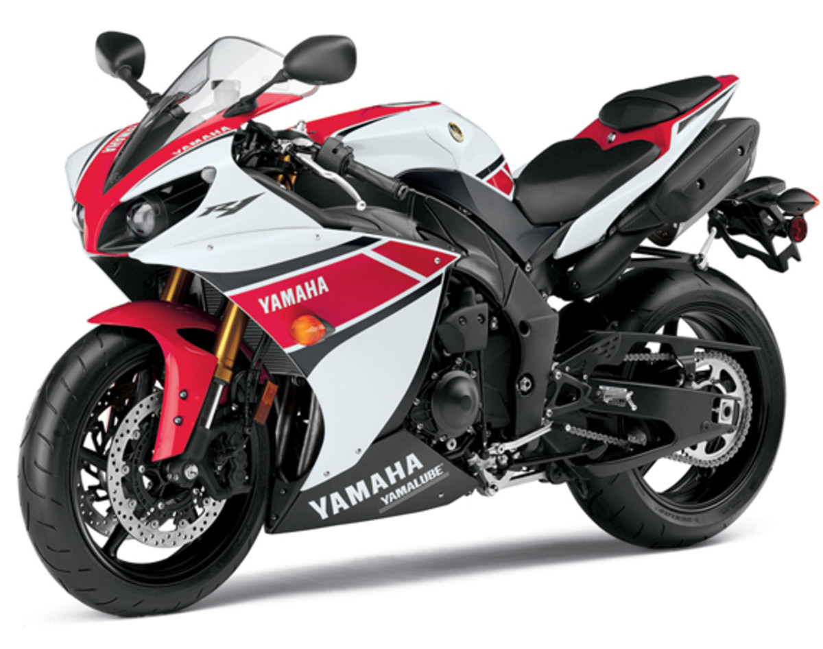 yamaha-YZF-R1-World-GP-50th-Anniversary-06