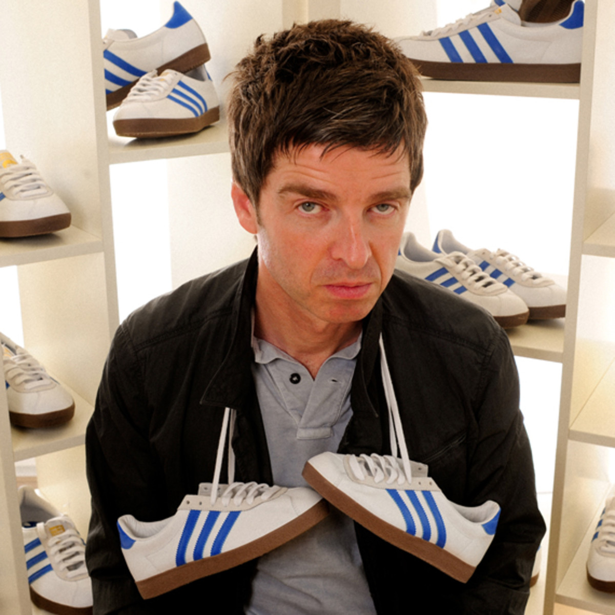 noel-gallagher-adidas-originals-training-72-NG-01
