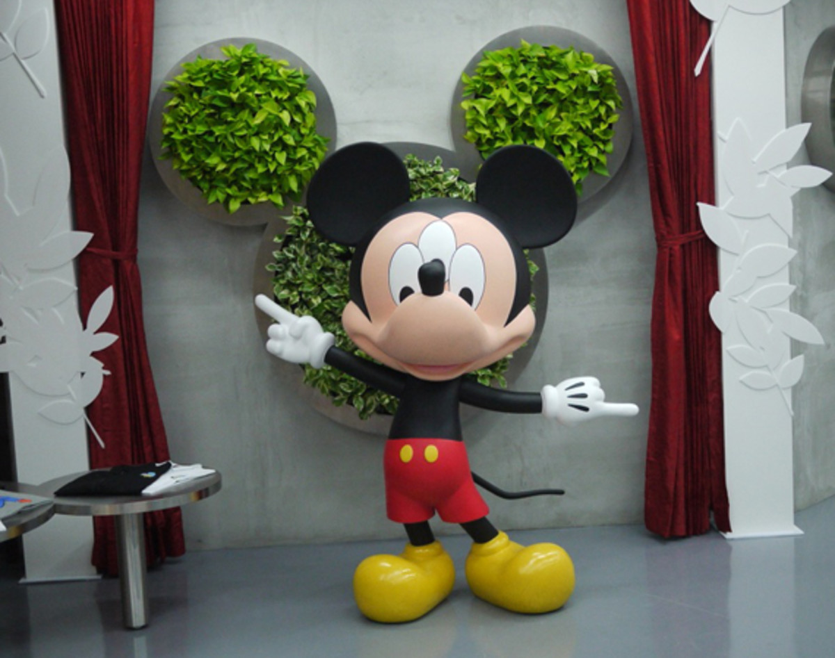 clot-disney-man-is-in-the-forest-taipei-01