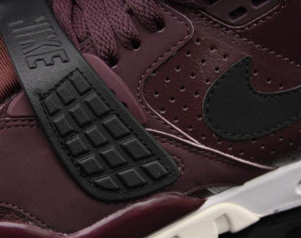 nike-air-trainer-sc-II-deep-burgundy