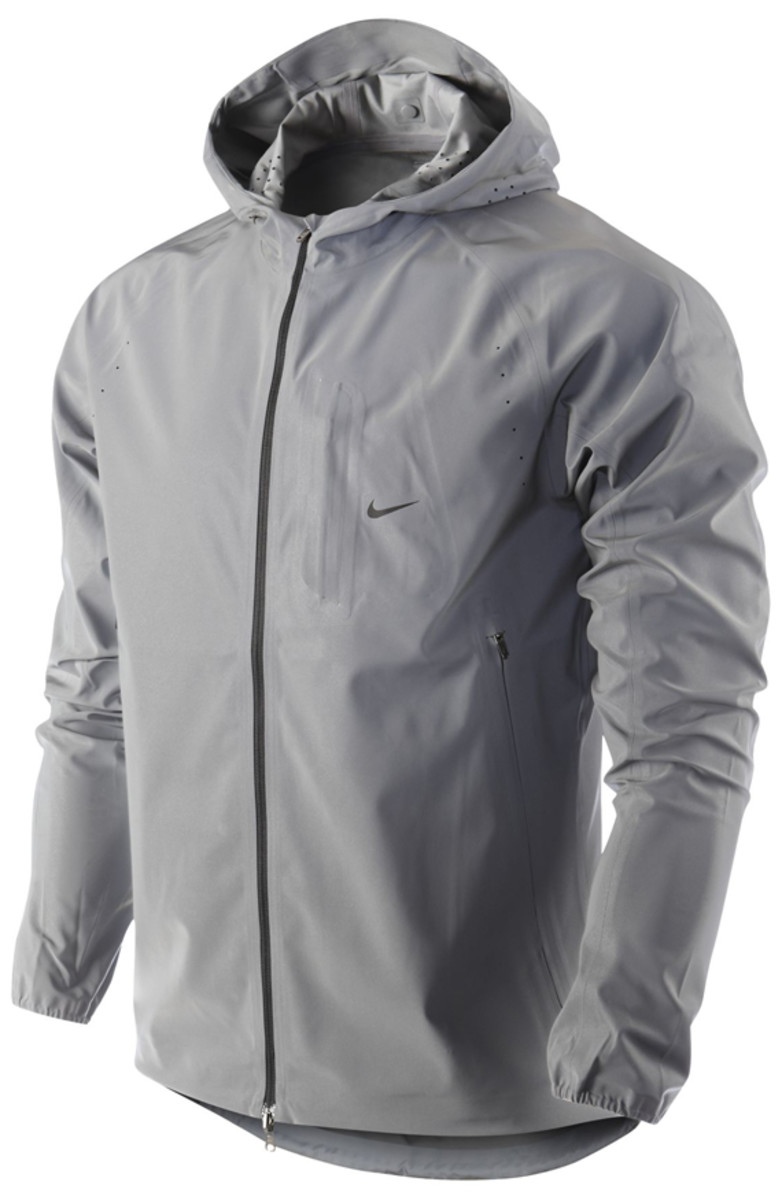 nike-vapor-flash-running-jacket-01