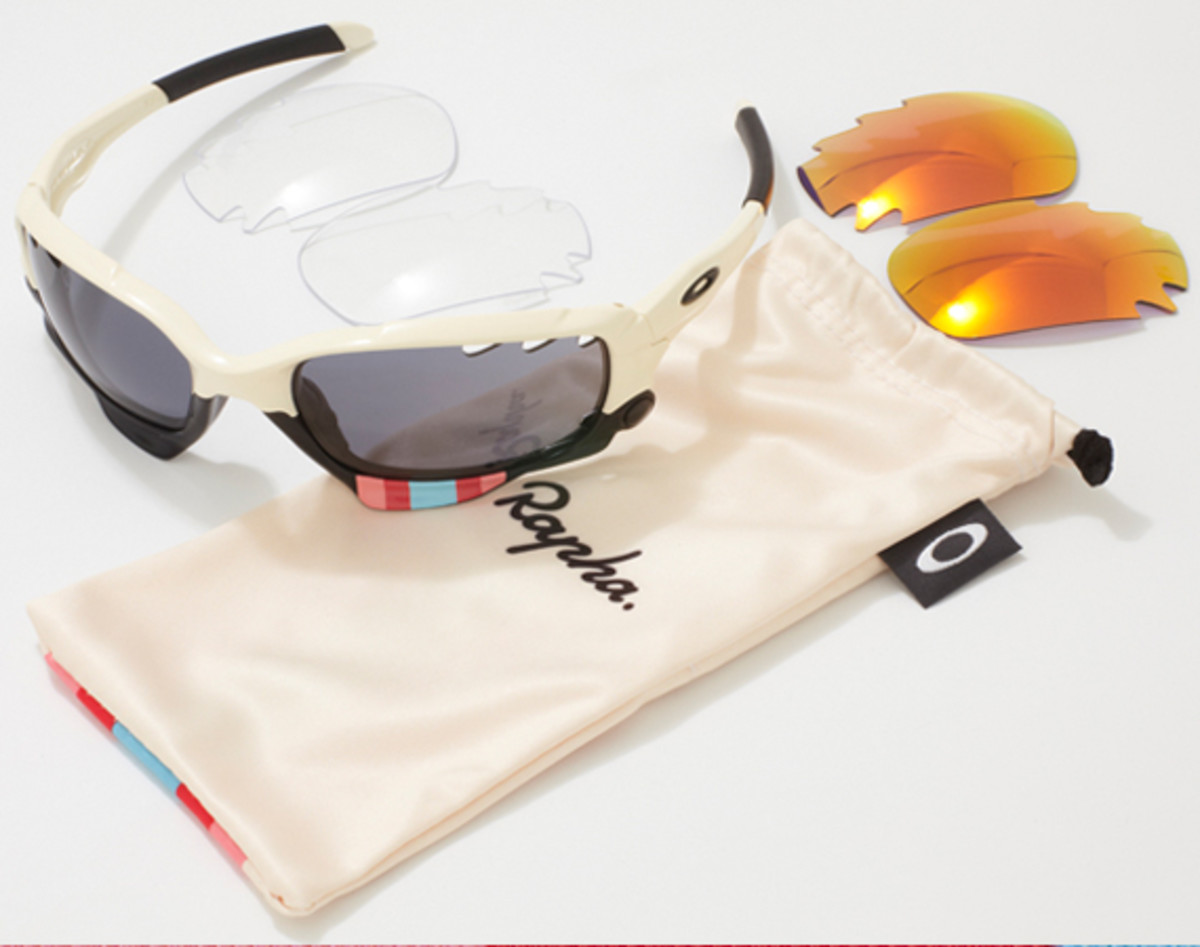 rapha-oakley-jawbone-charity-auction-02