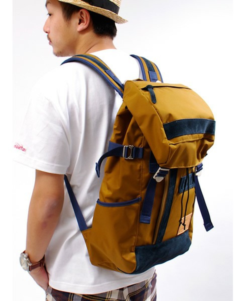 push-connection-master-piece-backpack-01